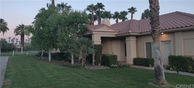 Rancho Mirage Condo/Townhouse For Sale: 155 Kavenish Drive