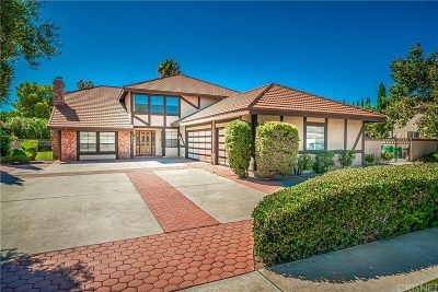 Palmdale Single Family Home For Sale: 39820 Golfers Drive