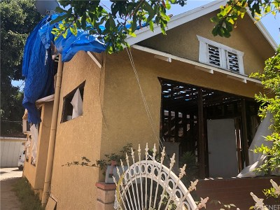 Los Angeles Single Family Home For Sale: 1350 East 41st Place