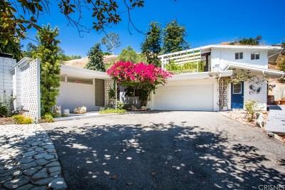 Tarzana Single Family Home For Sale: 19481 Rosita