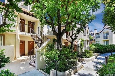 Valencia Condo/Townhouse For Sale: 24115 Del Monte Drive #66