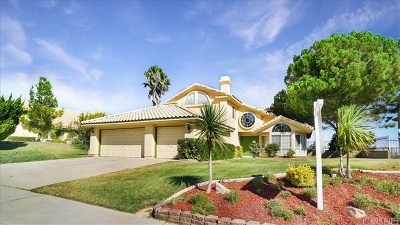 Palmdale Single Family Home For Sale: 5111 Claro Way