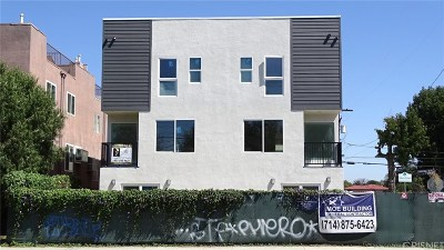 North Hollywood Condo/Townhouse For Sale: 5002 Cahuenga Boulevard