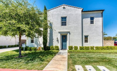 Saugus Condo/Townhouse For Sale: 21705 Bene Drive