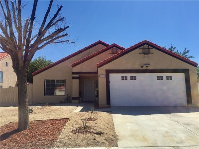Palmdale Single Family Home For Sale: 37320 Tampa Court
