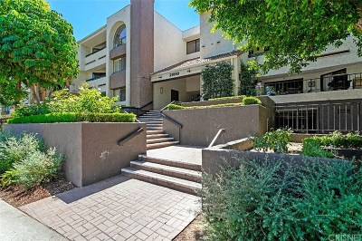 Woodland Hills CA Condo/Townhouse For Sale: $469,000