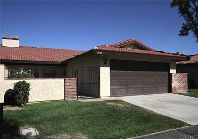Lancaster Condo/Townhouse For Sale: 43746 Mona Street