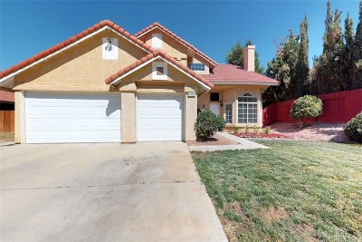 Palmdale Single Family Home For Sale: 39516 Primrose Court