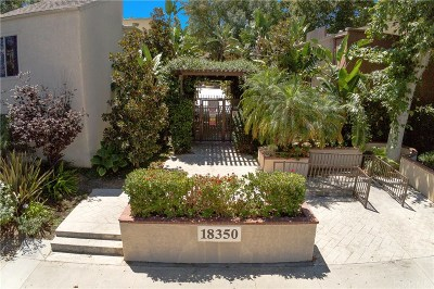 Los Angeles County Condo/Townhouse For Sale: 18350 Hatteras Street #110