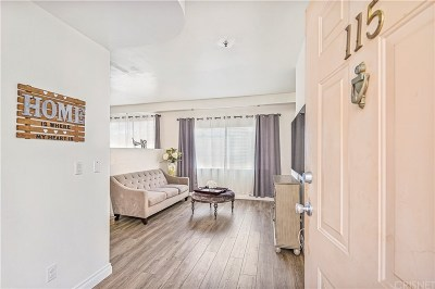 Los Angeles County Condo/Townhouse For Sale: 7900 Woodman Avenue #115