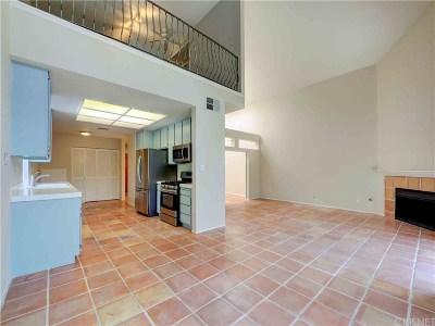Sherman Oaks Condo/Townhouse Active Under Contract: 13331 Moorpark Street #309