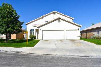 Lancaster Single Family Home For Sale: 44143 Dawn Court