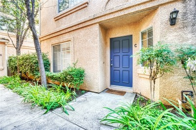 Los Angeles County Condo/Townhouse For Sale: 25150 Steinbeck Avenue #C