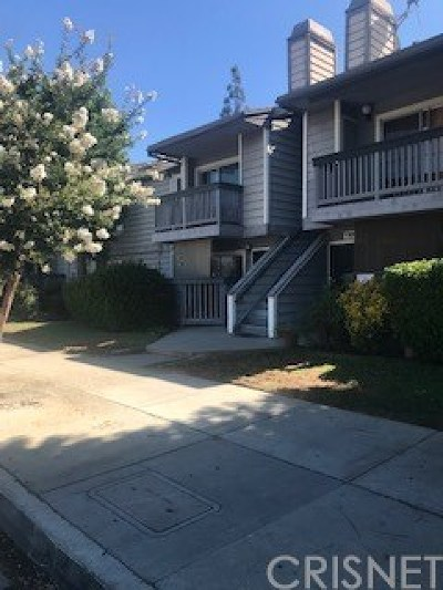 North Hills CA Condo/Townhouse For Sale: $350,000