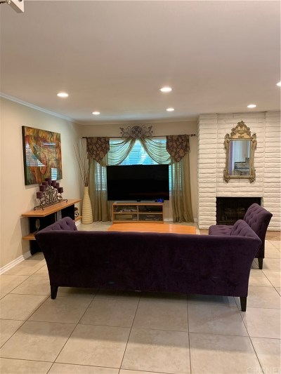 Simi Valley Condo/Townhouse Active Under Contract: 1114 Catlin Street #D