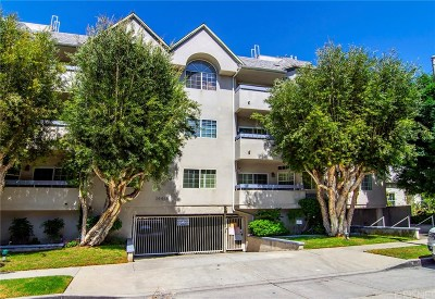 Sherman Oaks Condo/Townhouse Active Under Contract: 14415 Benefit Street #203