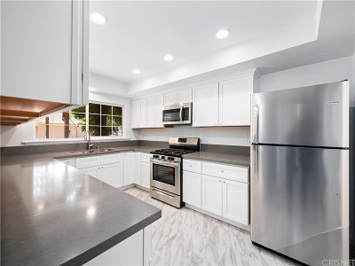 Winnetka CA Single Family Home For Sale: $675,000