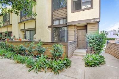 Chatsworth Condo/Townhouse For Sale: 21237 Lassen Street #5