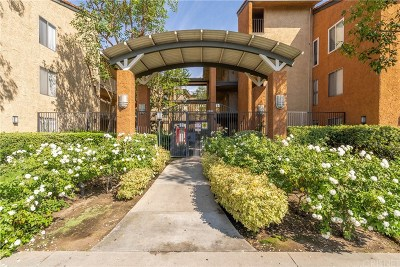 Condo/Townhouse For Sale: 15425 Sherman Way #241