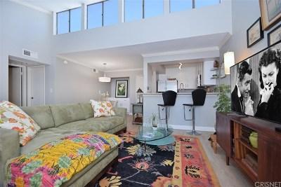 Encino Condo/Townhouse For Sale: 5325 Newcastle Avenue #336