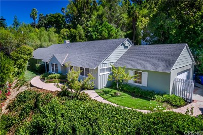 Encino Single Family Home For Sale: 17725 Marcello Place