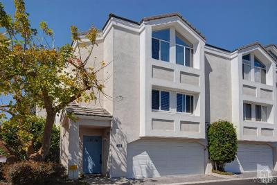 Condo/Townhouse Sold: 431 4th Place
