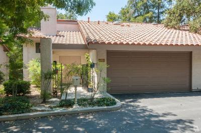 Condo/Townhouse Sold: 715 Arroyo Oaks Drive