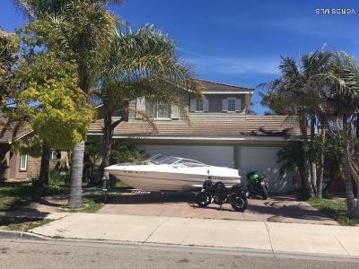 Oxnard Single Family Home Active Under Contract: 2056 Entrada Drive