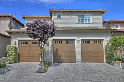 Oxnard Single Family Home Active Under Contract: 1467 Estuary Way