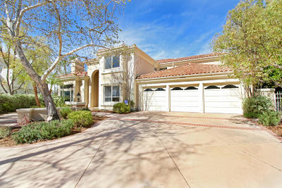 Calabasas Single Family Home Active Under Contract: 25619 Melbourne Court