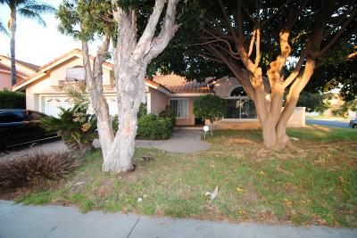 Oxnard Single Family Home Active Under Contract: 2400 Hillrose Place