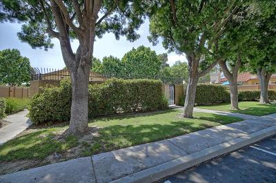 Ventura Single Family Home Active Under Contract: 642 Doyle Lane