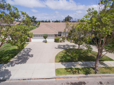 Oxnard Single Family Home Active Under Contract: 2213 Spyglass Trail W
