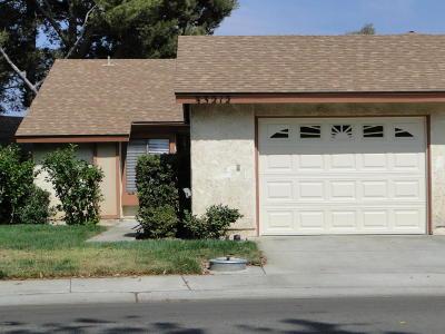 Camarillo Single Family Home Active Under Contract: 33212 Village 33