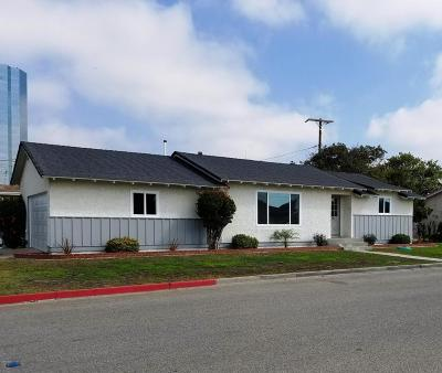 Oxnard Single Family Home For Sale: 215 Vanderbilt Drive