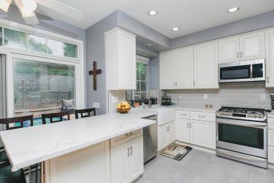 Thousand Oaks Single Family Home For Sale: 532 Timberwood Avenue