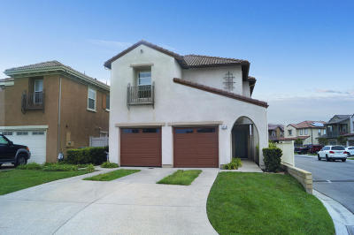 Oxnard Single Family Home Active Under Contract: 5354 Gibson Place