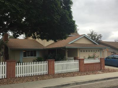 Santa Paula Single Family Home For Sale: 302 Center Lane