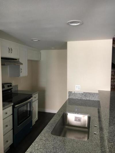 Port Hueneme Single Family Home Active Under Contract: 2572 Tiller Avenue