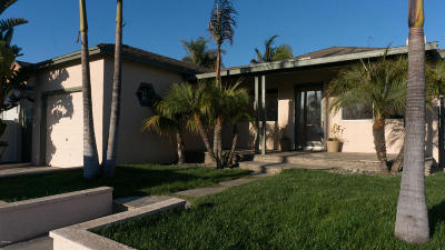 Ventura Single Family Home For Sale: 2367 Pierpont Boulevard