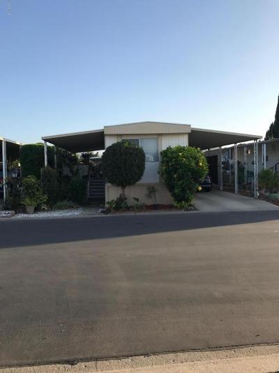 Camarillo Mobile Home For Sale: 64 Via Sintra