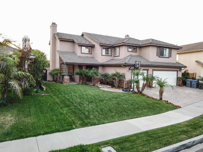 Oxnard Single Family Home For Sale: 2467 Jacaranda Drive