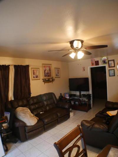 Santa Paula Single Family Home For Sale: 1516 E Orchard Street #H