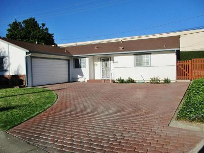 Santa Paula Single Family Home For Sale: 604 Elfred Court