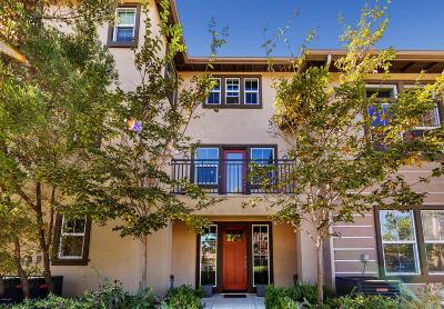 Oxnard Single Family Home For Sale: 3006 Moonlight Park Avenue