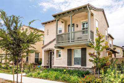 Camarillo Single Family Home For Sale: 254 Stonegate Road
