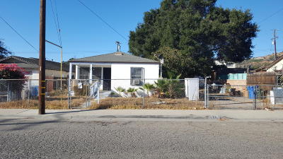 Santa Paula Single Family Home Active Under Contract: 440 13th Street