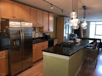 Ventura Single Family Home For Sale: 285 Ventura Avenue #5