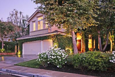 Oak Park Single Family Home For Sale: 5220 Pesto Way
