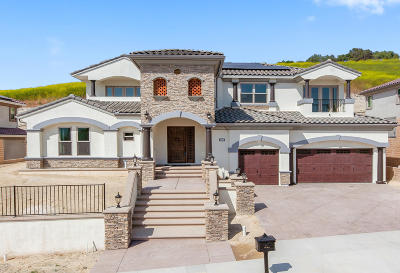 Thousand Oaks Single Family Home For Sale: 2105 Lonestar Way